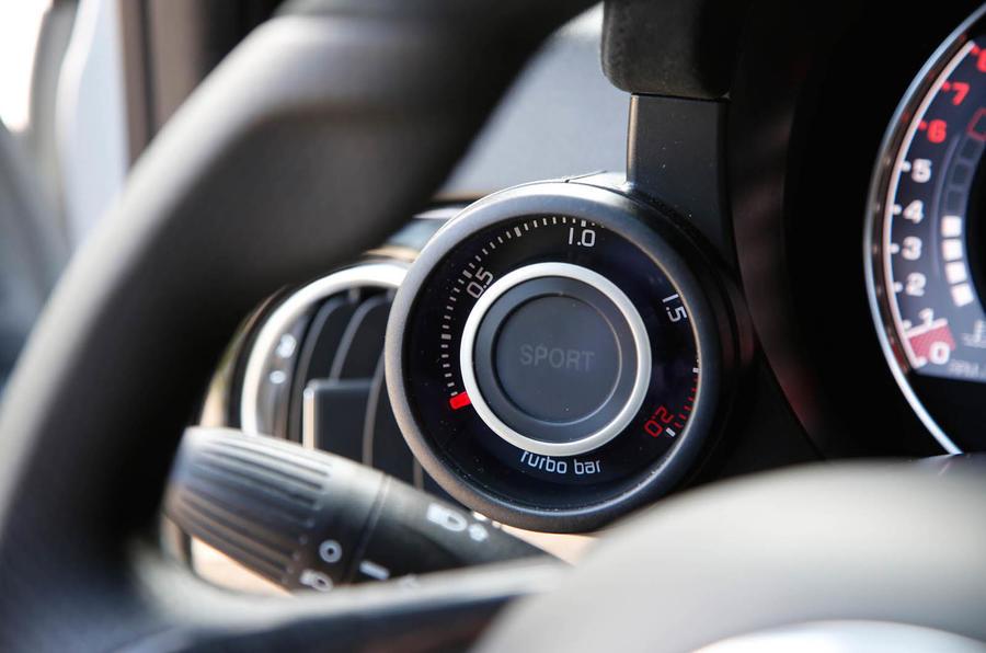 Abarth 595 Competizione turbo boost