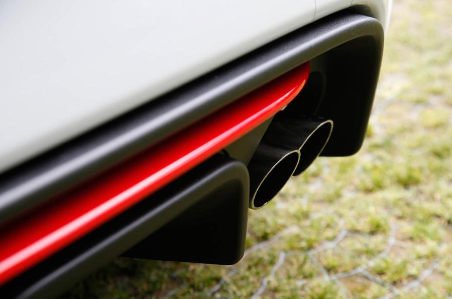 Abarth 595 Competizione rear diffuser
