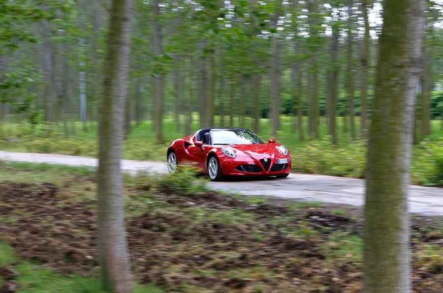 234bhp Alfa Romeo 4C Spider