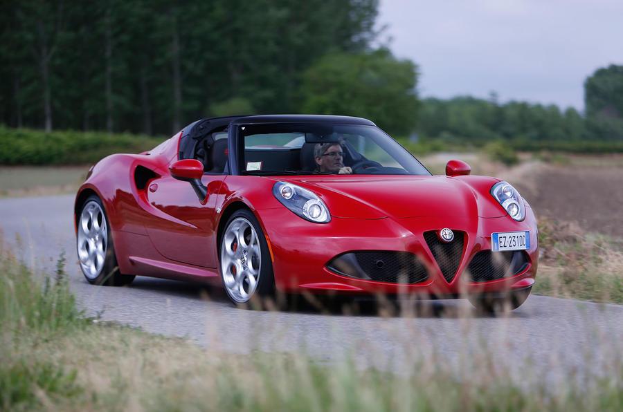 Alfa Romeo 4C Spider cornering