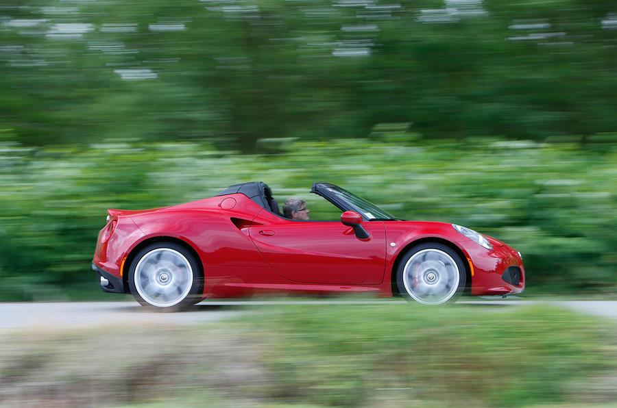 940kg Alfa Romeo 4C Spider