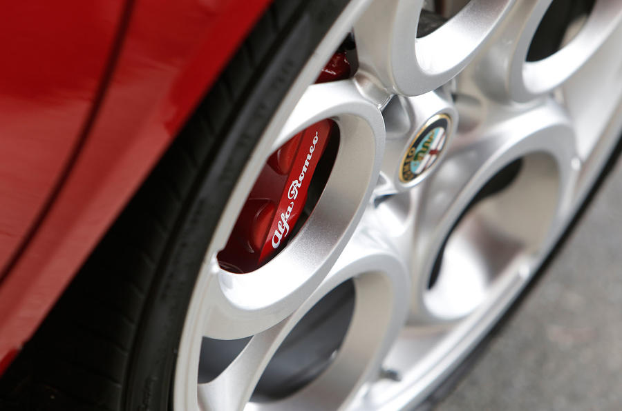 Alfa Romeo 4C Spider alloys