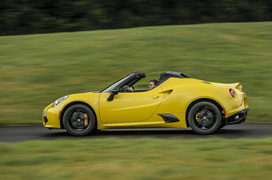 Alfa Romeo 4C Spider roof down