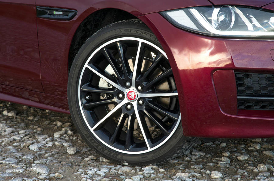 BMW 3 Series vs Alfa Romeo Giulia vs Jaguar XE: group test