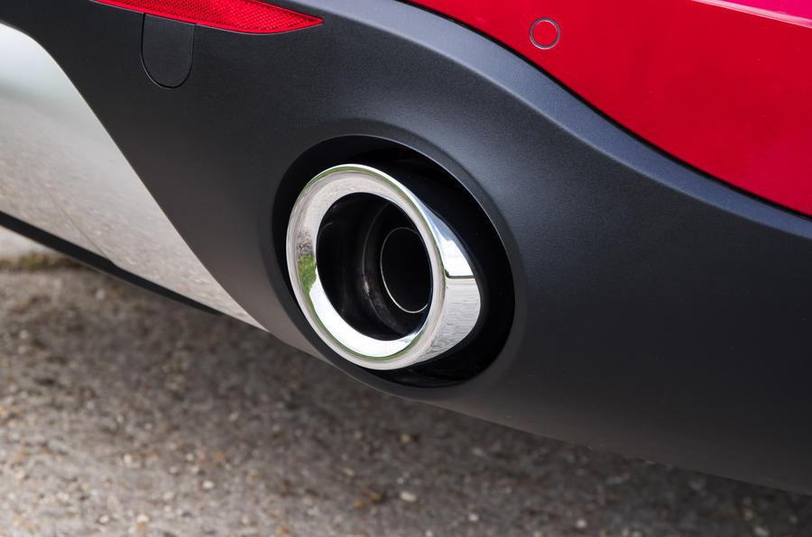 Alfa Romeo Stelvio chrome exhaust