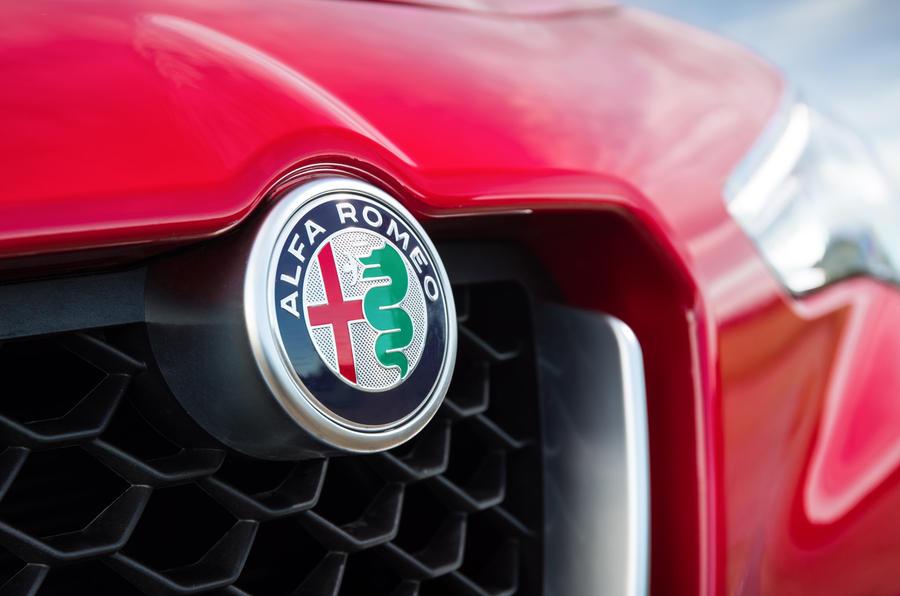 Alfa Romeo Giulia to get coupe, bigger sedan versions
