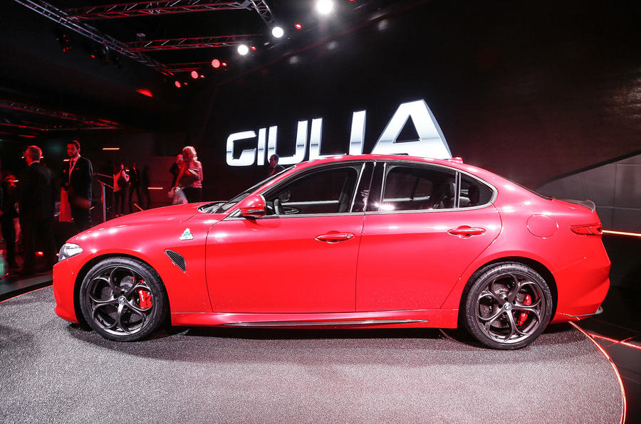 Alfa romeo giulia qv car and driver 17