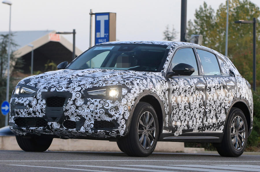 Alfa Romeo Stelvio - new spy pictures of 'driver's SUV'