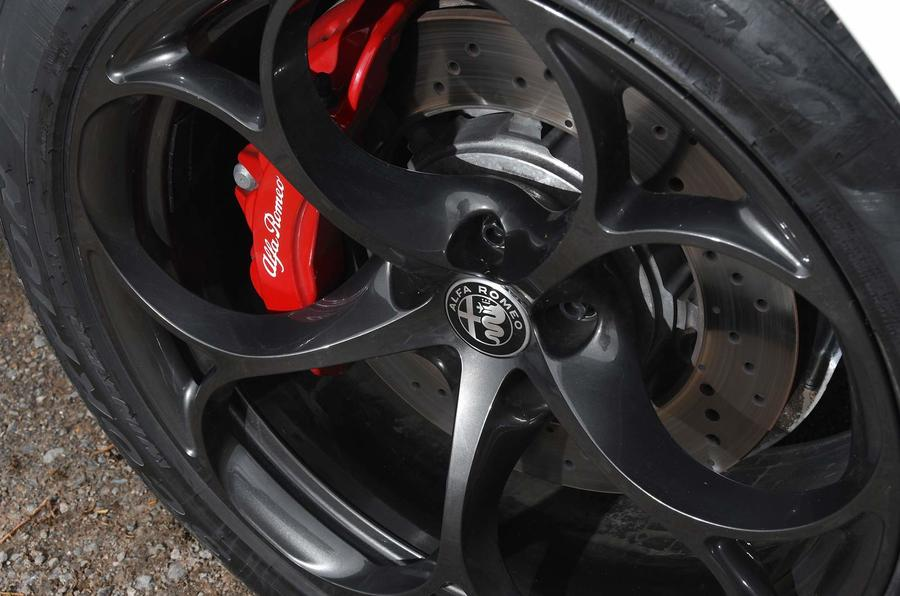 Alfa Romeo Stelvio Quadrifoglio brake calipers