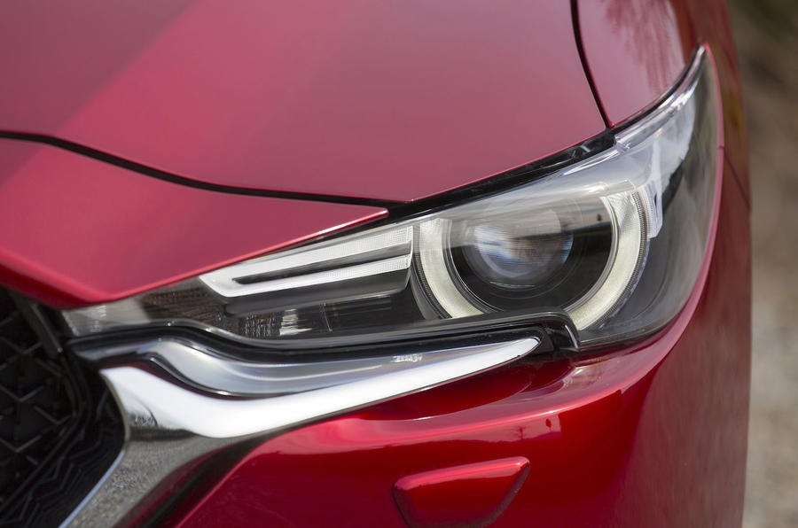 Mazda CX-5 xenon headlights