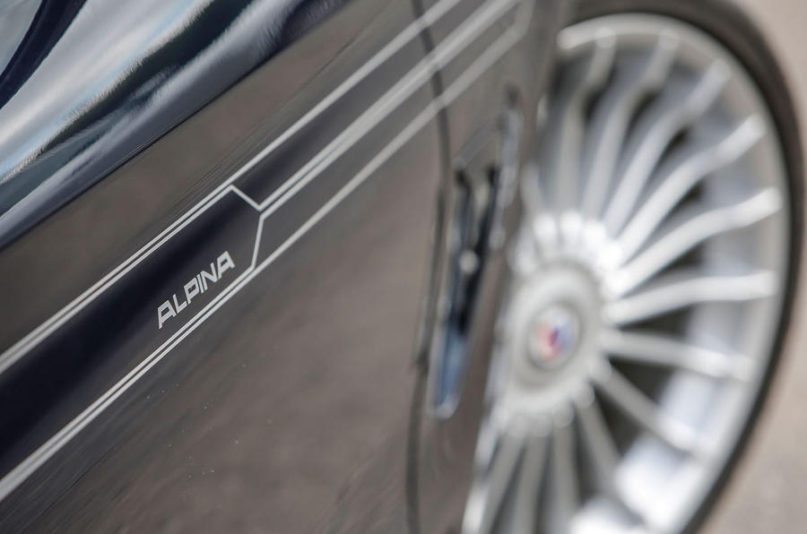 Alpina B4 decals
