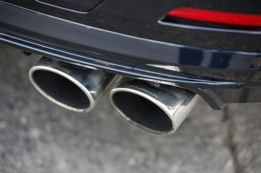 Alpina B4 quad exhausts