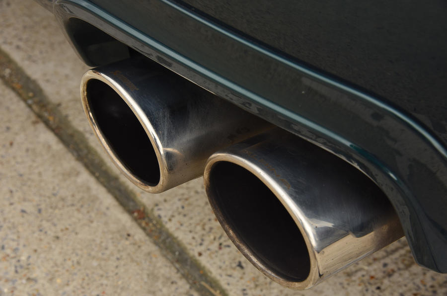 Alpina B4 S twin exhaust