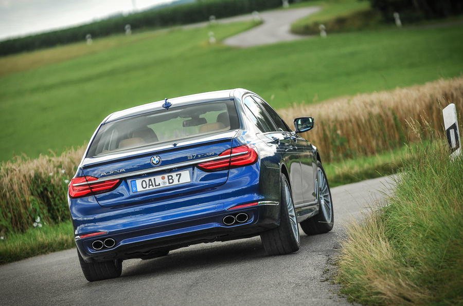 Alpina B7 rear cornering