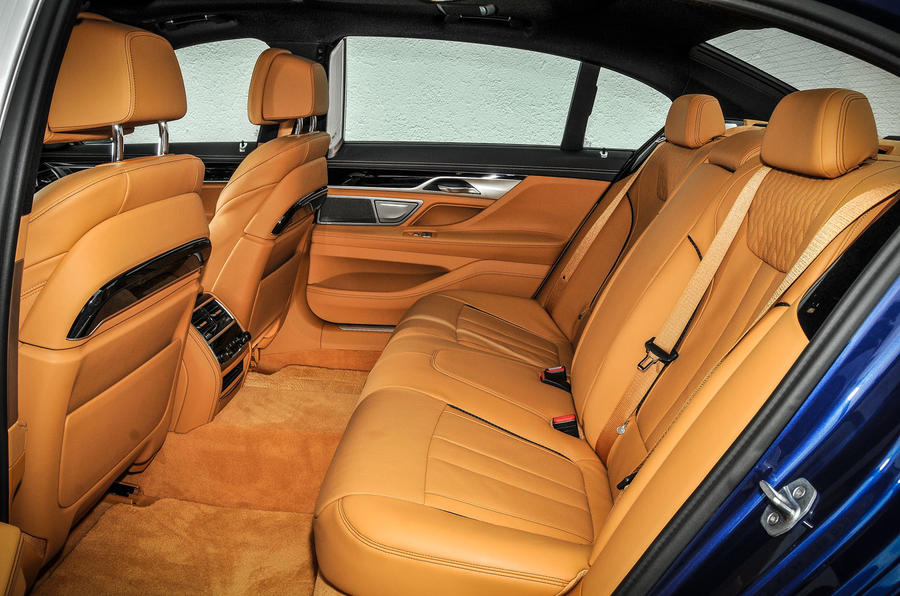 Alpina B7 rear seats