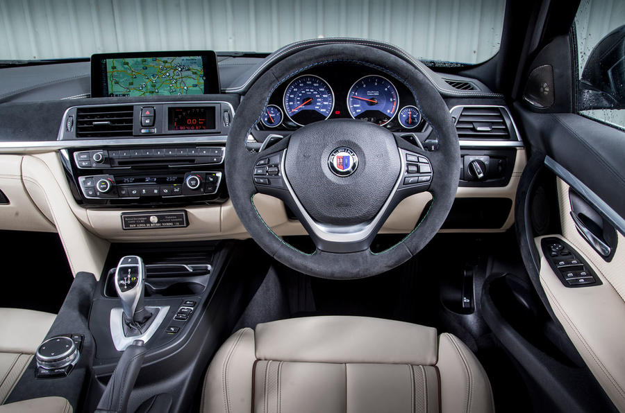 Alpina D3 Touring dashboard