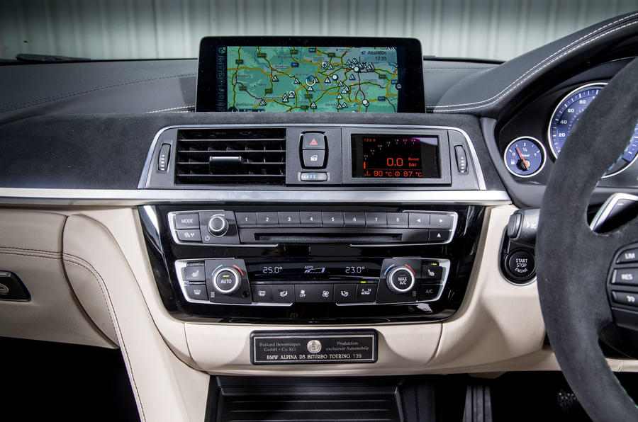 Alpina D3 Touring iDrive infotainment