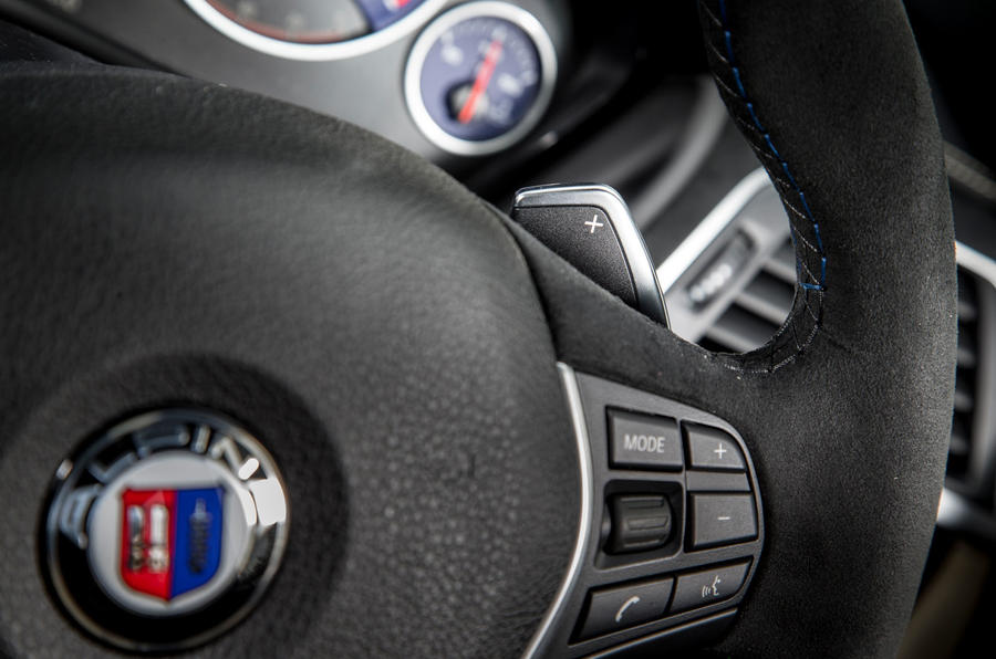 Alpina D3 paddle shifters