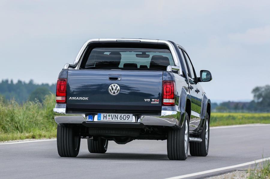 Volkswagen Amarok 3.0 TDI 224 rear