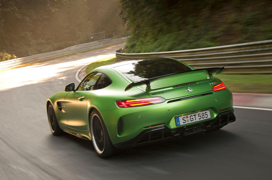 Mercedes Amg Gt R To Challenge Porsche 911 Turbo S