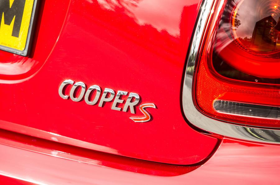 Mini Cooper S badging