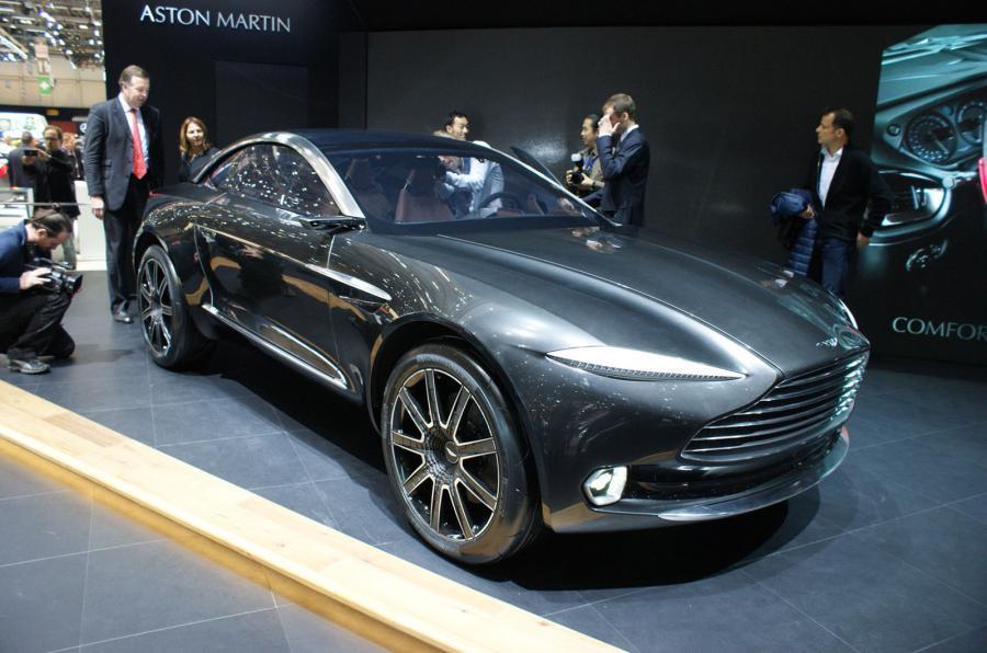 Aston Martin DBX Wales