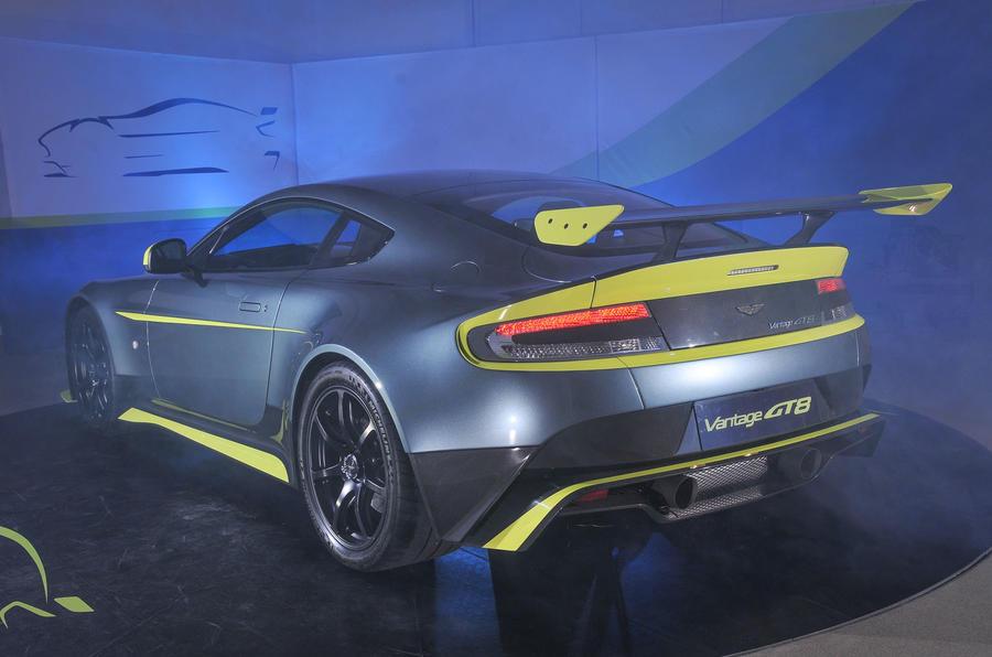 Aston Martin Gt8 >> Aston Martin Vantage GT8 revealed | Autocar