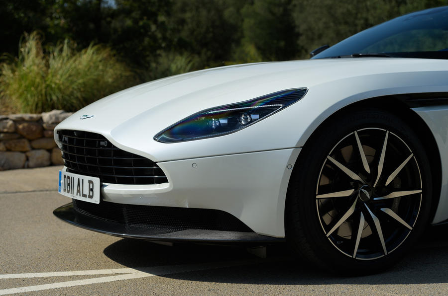 Aston Martin DB11 V8 alloy wheels