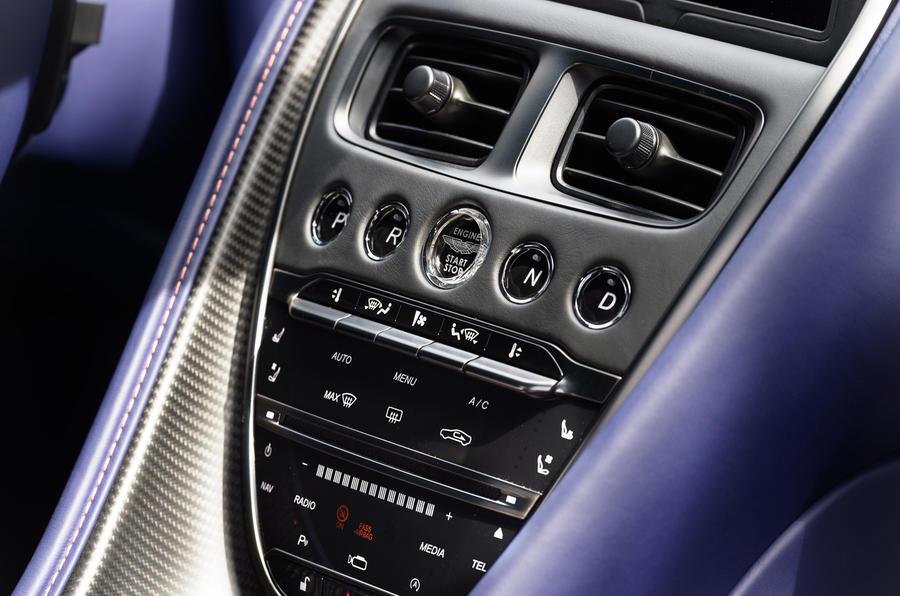 Aston Martin DB11 V8 centre console