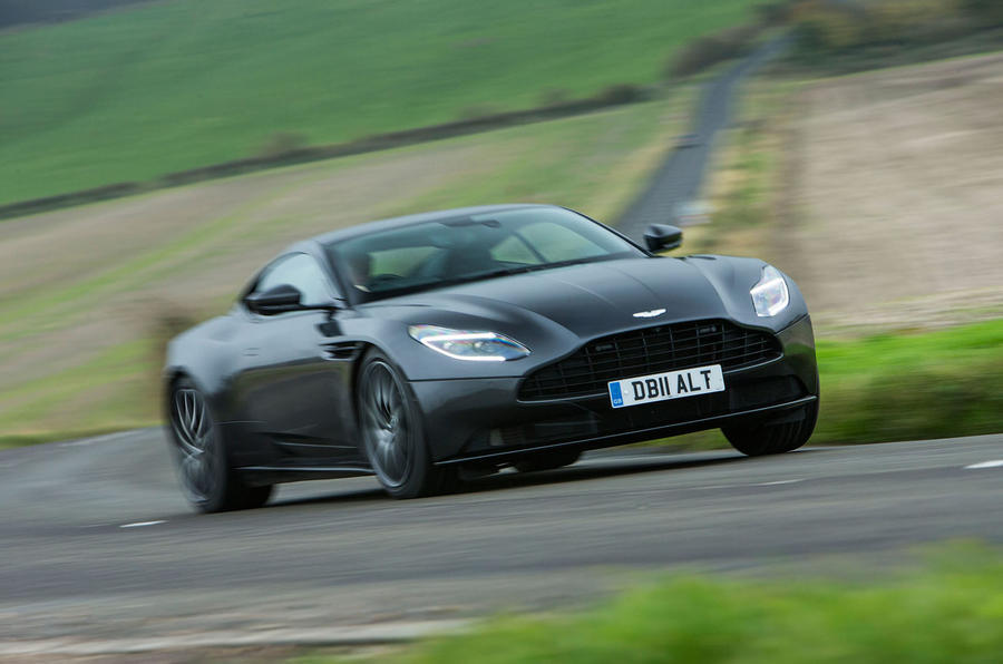 Aston Martin has revealed the new Vantage sports auto generation
