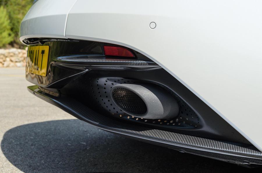 Aston Martin DB11 V8 exhaust system