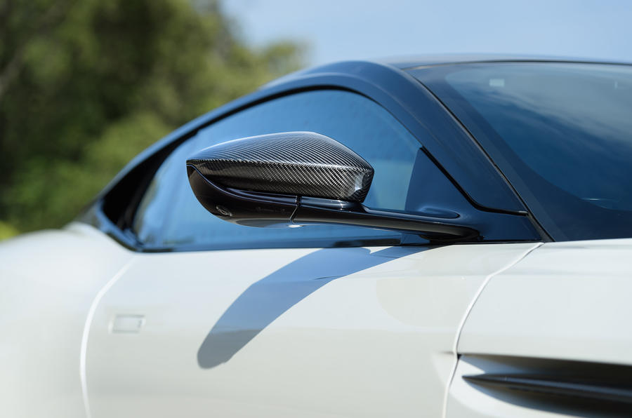 Aston Martin DB11 V8 wing mirror