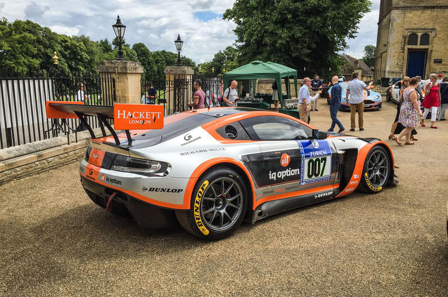 Aston Martin DB9 racer