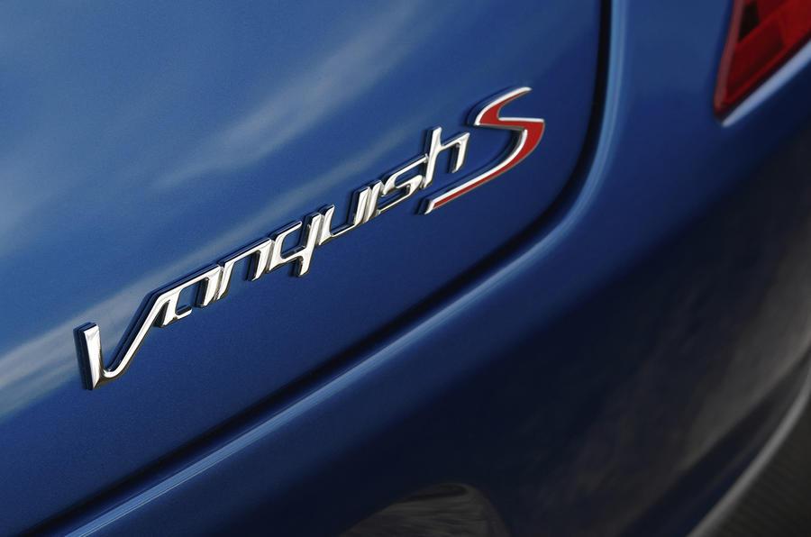 Aston Martin Vanquish S badging