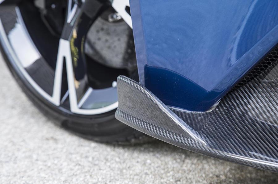 Aston Martin Vanquish S carbon fibre trim