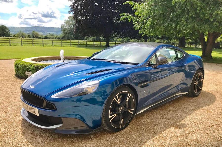 Aston Martin Vanquish S front quarter