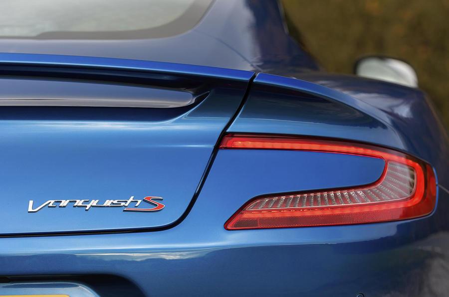 Aston Martin Vanquish S rear lights