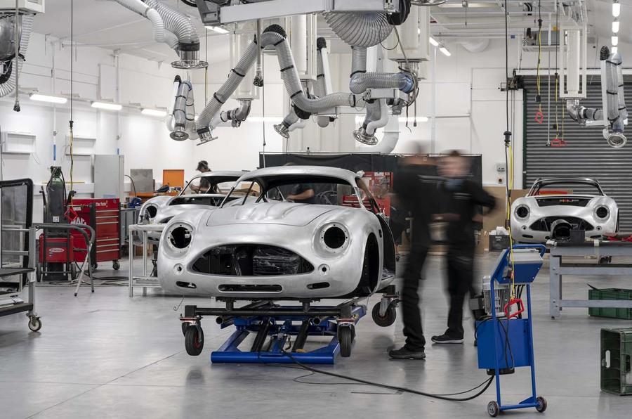 Aston Martin Db4 Gt Zagato 10 Reborn Classics Near