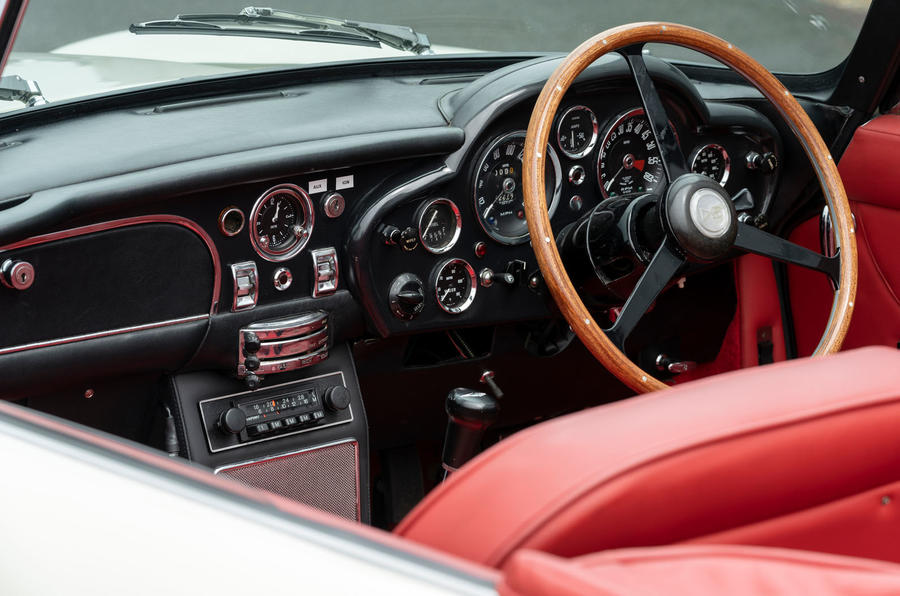 Aston Martin Works electric DB6 Volante - steering wheel