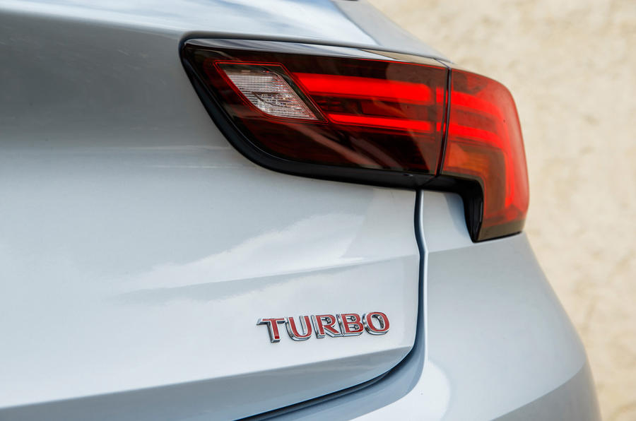 Vauxhall Astra Turbo badging