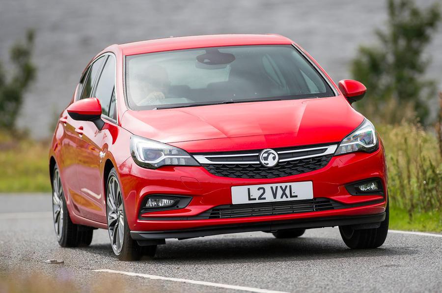 Vauxhall Astra Turbo cornering