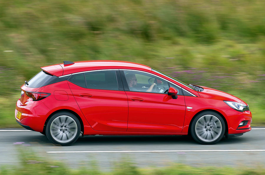 £19,995 Vauxhall Astra Turbo SRi