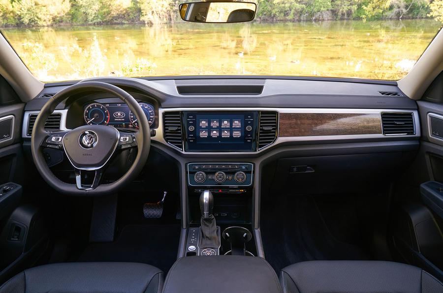 Volkswagen Atlas dashboard