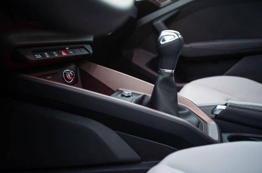 Audi A1 gearlever