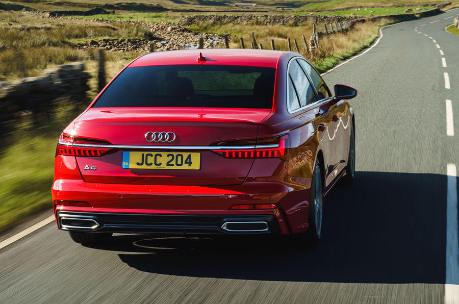 audi-a6-2018-uk-02-rear-dynamic