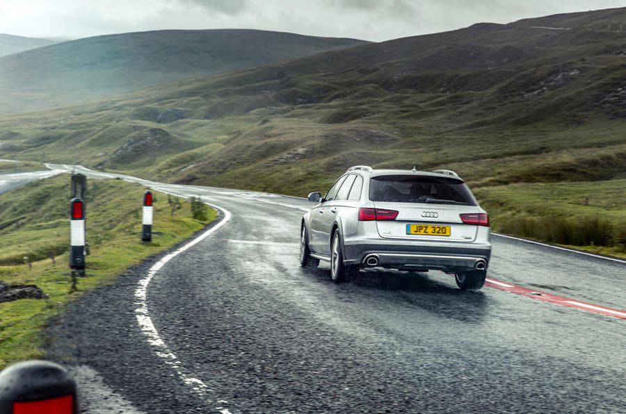 Audi A6 Allroad rear cornering