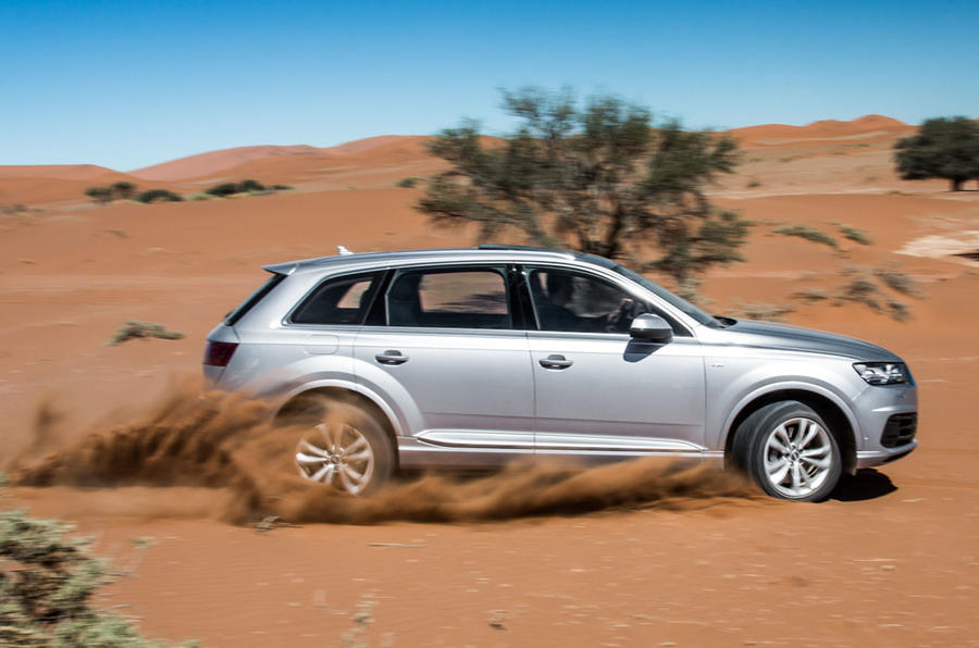 Audi Q7 traversing the sand dunes