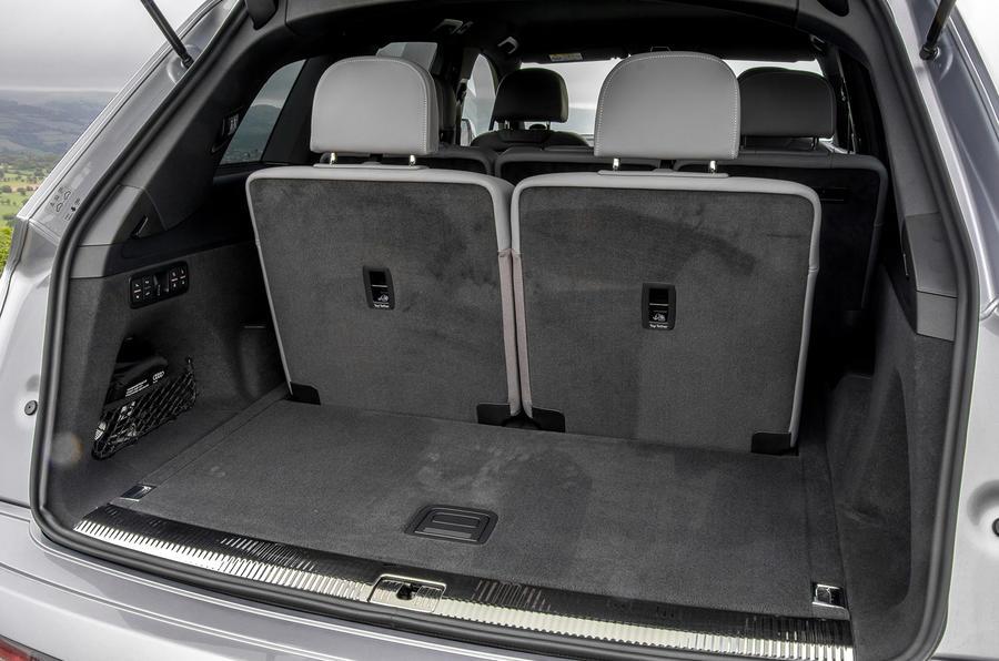 Audi Q7 boot space