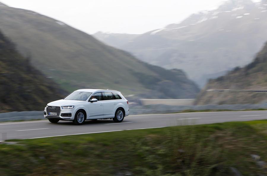 2060kg Audi Q7