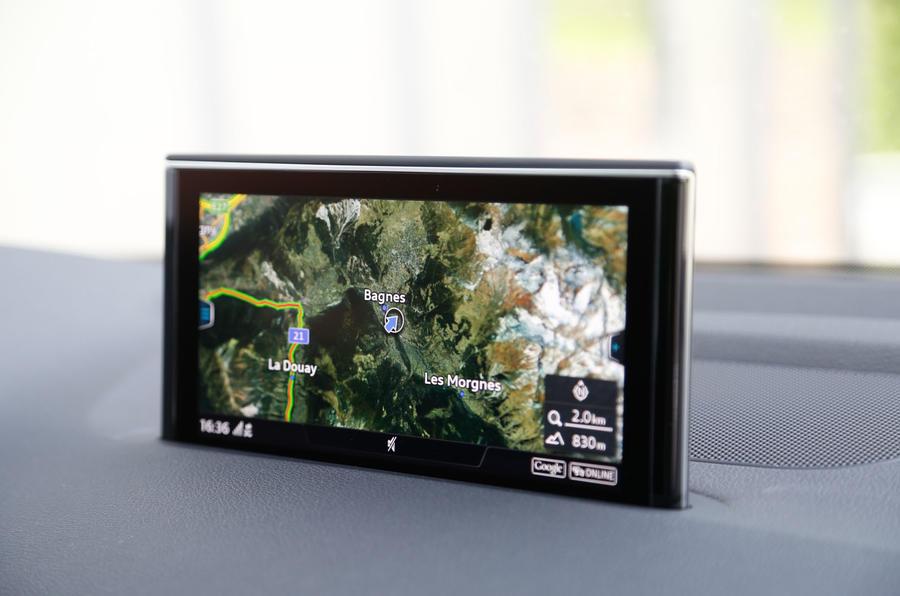 Audi Q7 MMI infotainment system